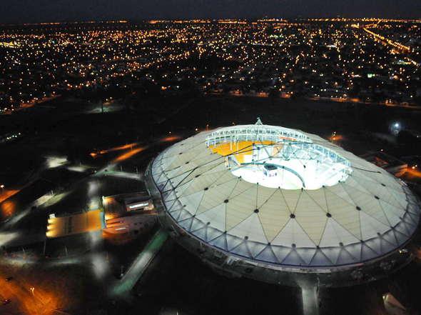 Mira-Estadio-Ciudad-Plata-Argentina_OLEIMA20110218_0058_6