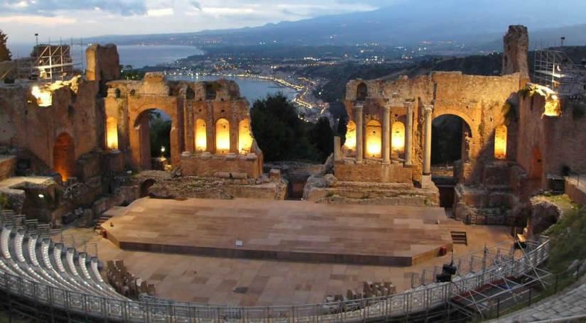 греко-римский-театр.jpg