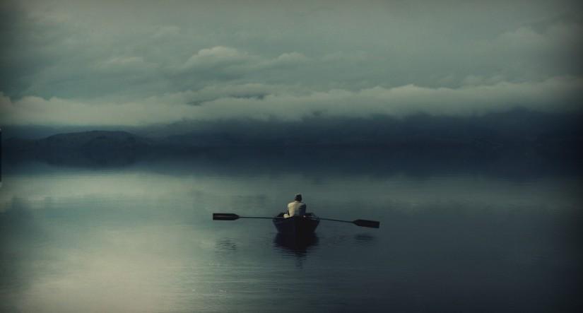 alone-boat-1024x551